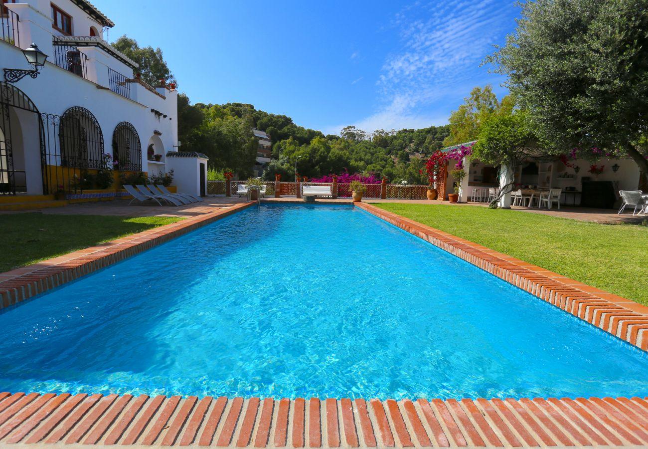 Villa en Málaga - VILLA CLAVERO Beach & City Premium 15PAX