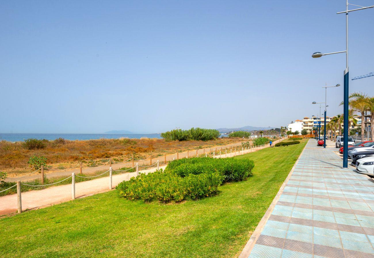 Apartamento en Torrox Costa - DUNA BEACH Premium Apartment 6PAX