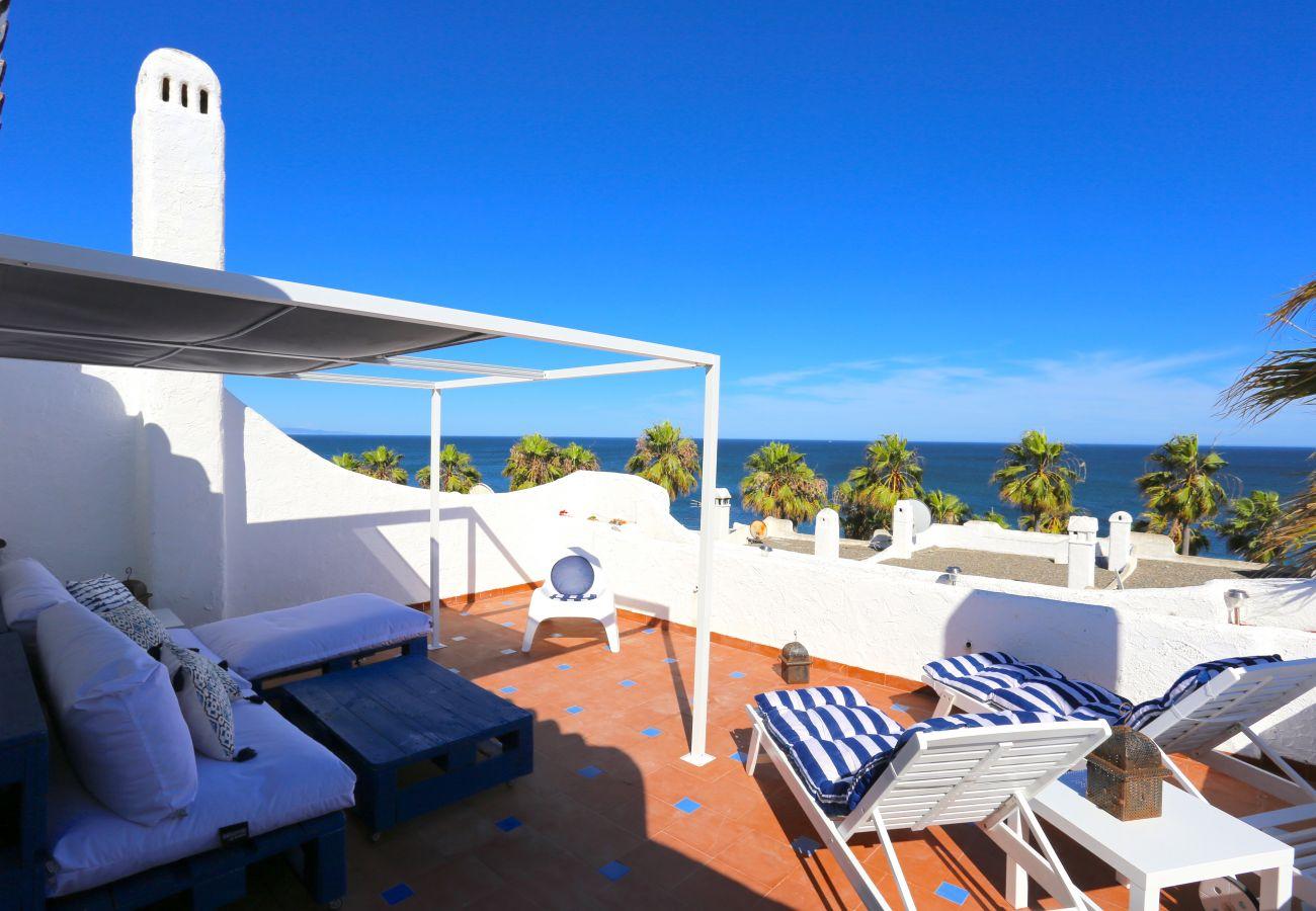 House in Estepona - PLAYA PALOMA Beach House 8PAX