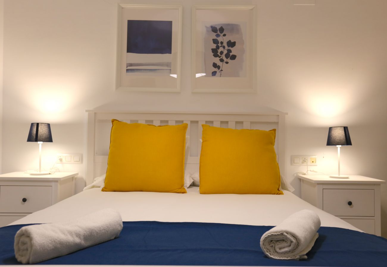 Apartment in Málaga - VICTORIA City Apartment 5PAX